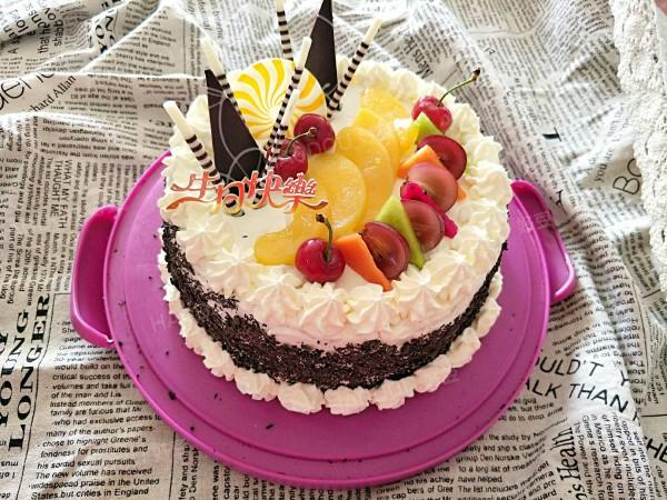 水果生日蛋糕怎么做_水果生日蛋糕的做法_静静live8_豆果美食