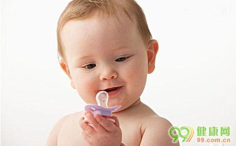 安抚奶嘴的7个优点5个缺点,看完再决定是否给宝宝准备