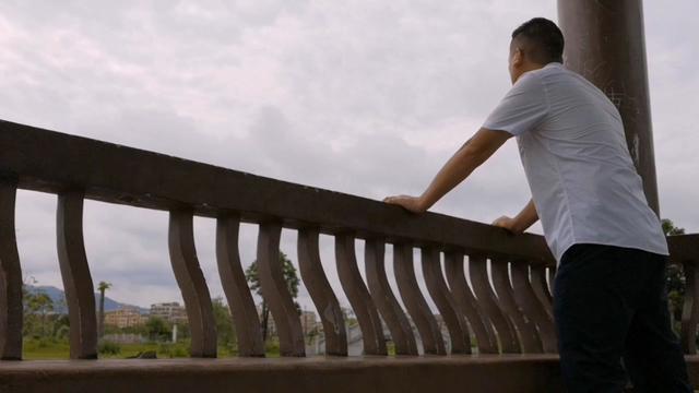 一片唯美之地,广东打工仔去看荷花,发生了什么让他感到失望?