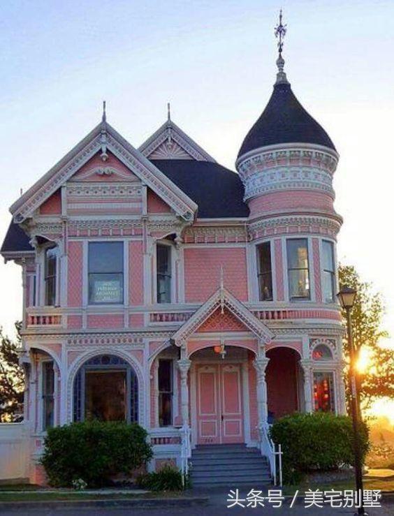 两款欧式高端大气城堡式别墅设计效果图 你选择A还是B?