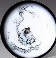 山东淄博陶瓷上彩绘女