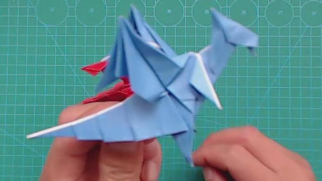 【暗黑飞龙折纸】会喷火的暗黑魔法飞龙,恐龙界的大魔王!