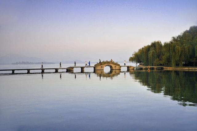 我国十大风景名胜之一:杭州西湖,最常来的5大景点