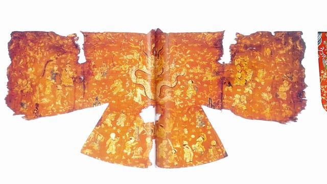 古代舞台华丽衣服