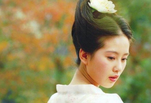 乱世佳人褒姒:一个苦命的女子,却从一出生就被冠上妖女的名头