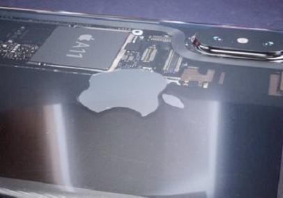 谁敢再说iPhone8丑?透明版iPhone8渲染图曝光颜值前所未见!