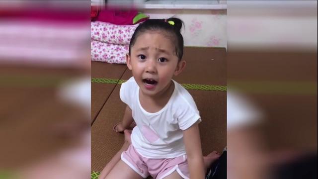 东北萌娃何依诺搞笑视频合集,这小妮子太可爱了