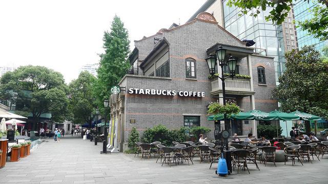 复苏!星巴克中国85%门店已开业 此前曾临时关闭2000多家