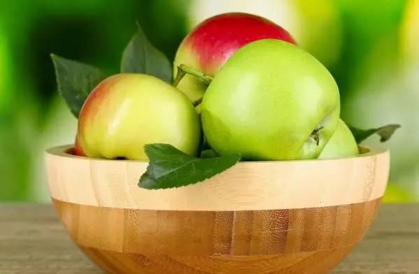 长期吃苹果的人,竟然会变成这样!惊呆了?