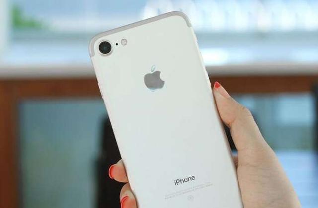 苹果7plus和6s plus的不同