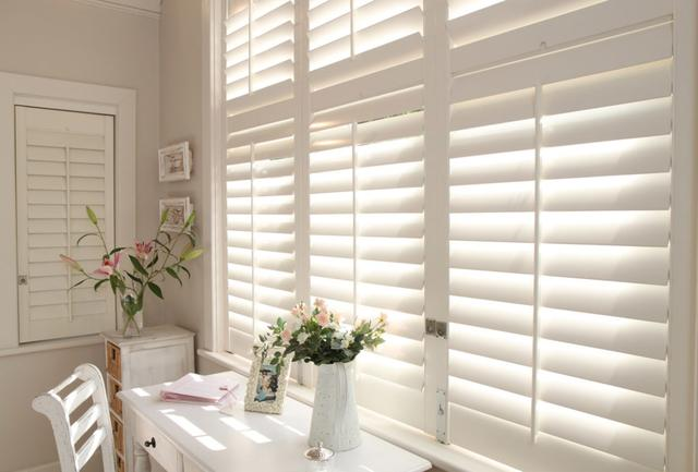 新房装饰必备 实木百叶窗许你一室美好透亮的开始
