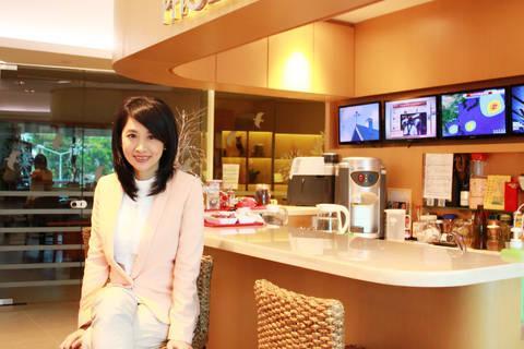凤凰卫视花旦刘珊玲快恢复工作了!为她高兴!_360个人图书馆