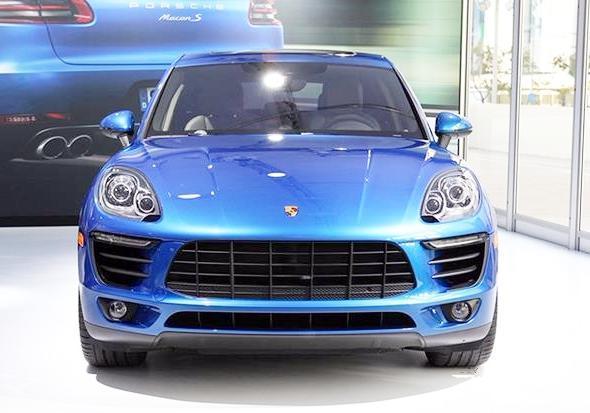 他是最小的国产轿车 也是最便宜的轿车 众泰TT才卖2万草根价