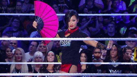 厉害!中国第一个女摔跤手李霞反败为胜终结对手,打的太精彩了