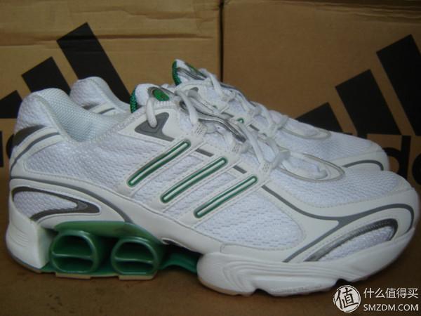 8双NIKE 好跑鞋