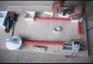 电工必备技能:双控开关的接线方法,接线讲解过去和注意事项
