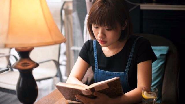 《超级演说家》冠军北大才女刘媛媛励志演讲普通人如何快速逆袭