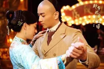 《那年花开月正圆》中周莹为何选吴怀先当养子?