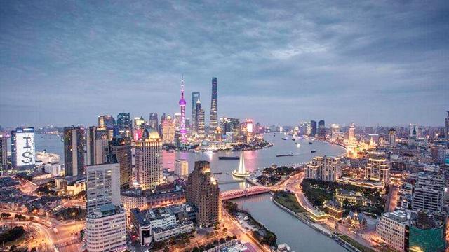 中国最豪华的商场,居然不是在北京,你认为这样的商场需要吗?