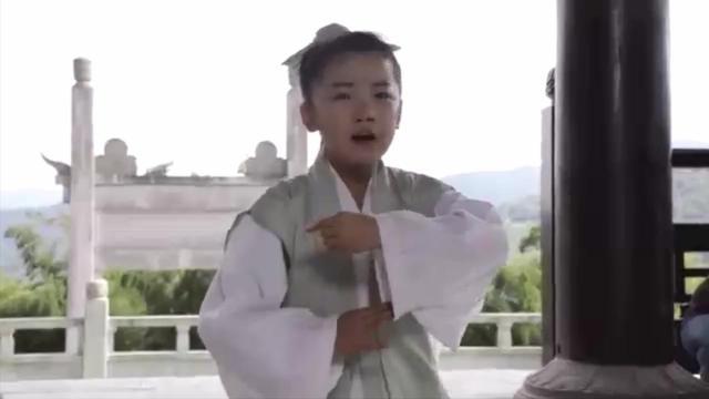 《白蛇传》小戏骨许仕林,现场教白素贞怎么演戏,看完惭愧的哭了
