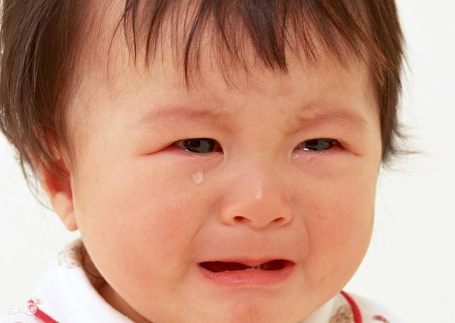 两个月宝宝长马牙图片