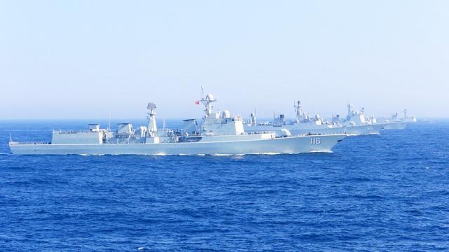 中国海军首次访问伦敦:英国震动 - 卍羽卐 - 简书