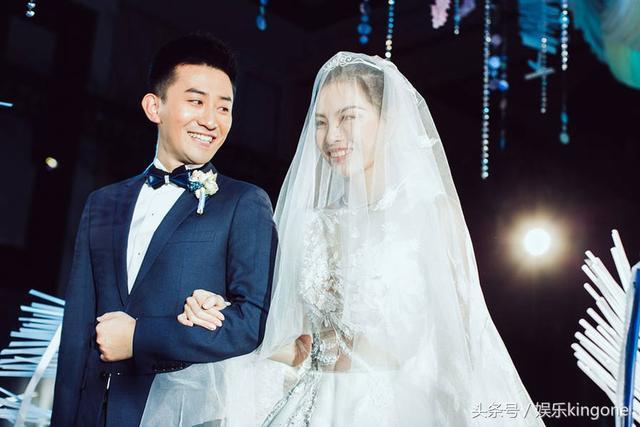 吴敏霞张效诚上海再次举行婚礼 郭晶晶携老公亮相甜蜜十足