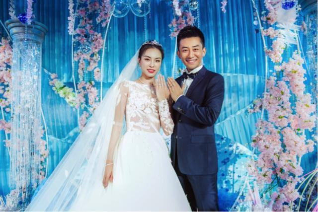 吴敏霞大婚陈若琳担任伴娘,两大跳水女皇同框,郭晶晶未见出席!