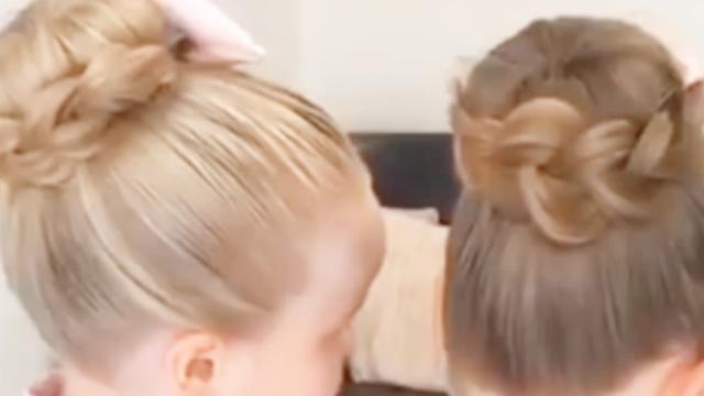 过年适合给女儿扎什么发型?教你一款双丸子头造型,可爱又喜庆