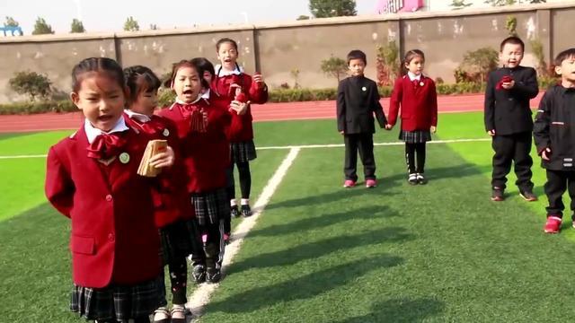重阳节活动贺卡和手抄报展示——邓州春雨国文学校