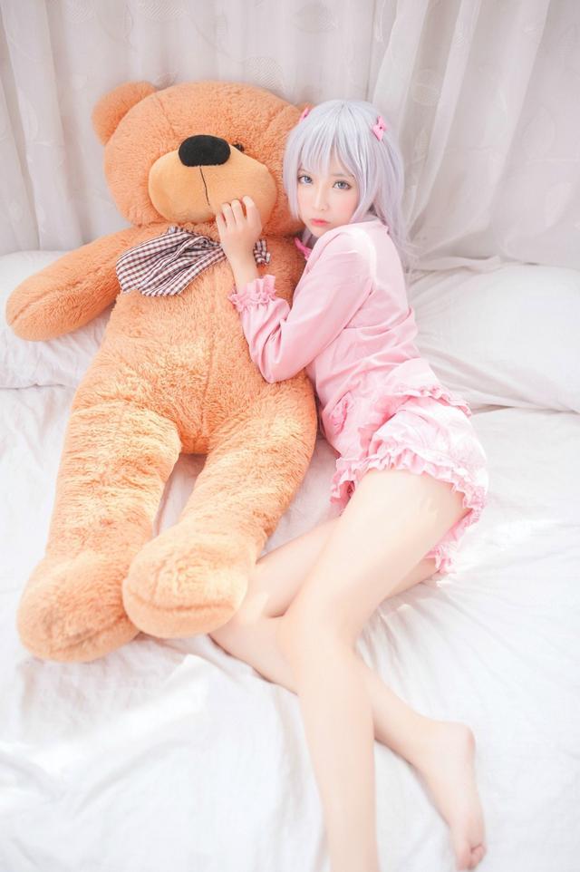 《埃罗芒阿老师》和泉纱雾cos,萌系美少女敲可爱!