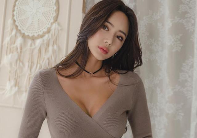 美丽而妩媚的女神-尤美_手机搜狐网