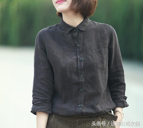 棉麻衬衣显瘦又个性优雅,让服饰更加修身有型