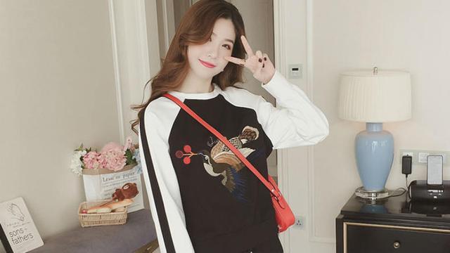 韓版衛衣套裝圖片