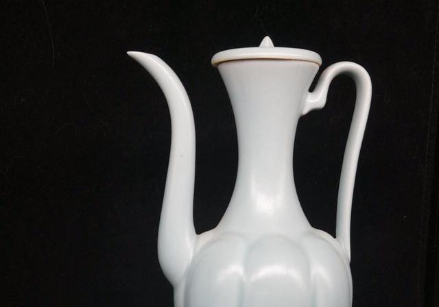 汝窑天青釉碗 - 故宫博物院