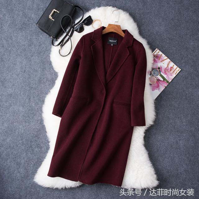 厚实温暖的羊毛羔外套,温暖不臃肿,时尚又有女人味!