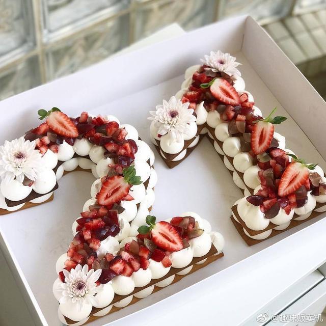 很有創意的生日蛋糕