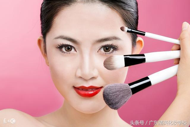 深圳化妆美容培训正规学校,深圳正规化妆美容学校-冠美培训学校