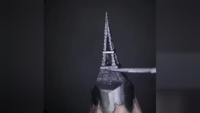 巴黎铁塔手绘