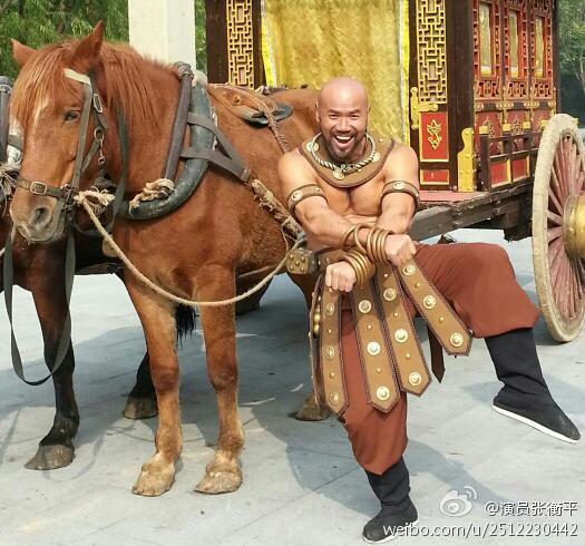 中国肌肉男真实照片