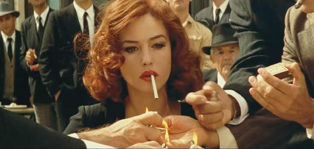 抽烟动作最美的5位女神,倪妮风韵犹存,最后一位霸... _新浪看点