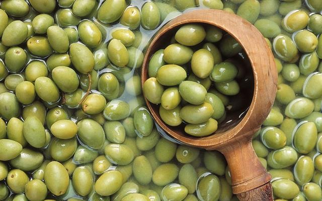 家庭自酿橄榄酒制作方法及功效_东方头条