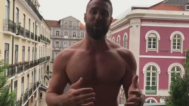 男模:分享一个外国型男帅哥,身材不错!