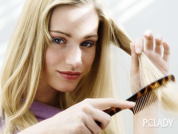 鹅蛋脸女生适合什么样的发型_长脸发型_西子美发网