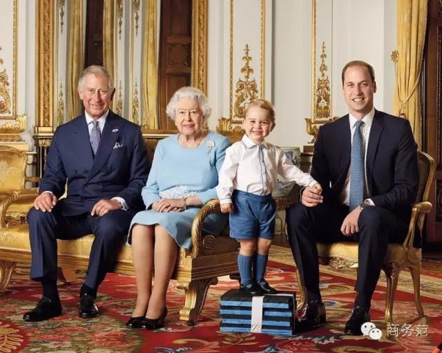 英国女王爱情真相:童话都是骗人的,女王也要斗小三!