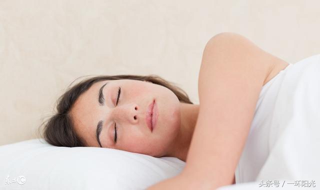 """睡眠专家""""快速入睡""""的8大秘诀!值得你一辈子收藏的秘密!"""