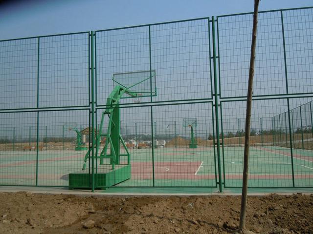 球场围网更换施工方案