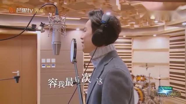 何炅最新单曲《我可以抱你吗burberry》_新浪视频