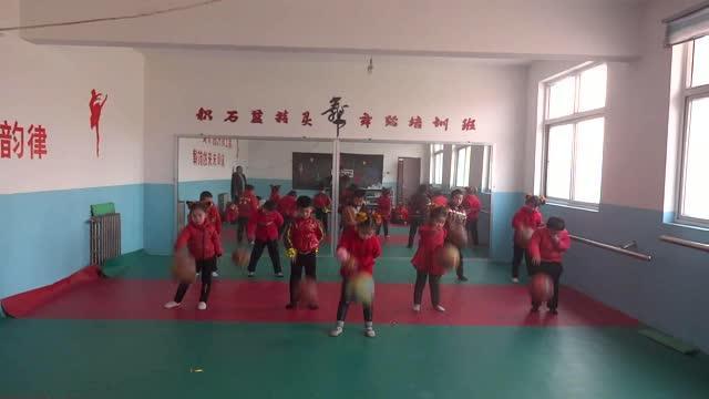 幼儿舞蹈《动感篮球》