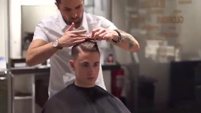男士复古油头发型图片